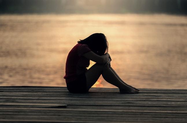 「失恋とは、死である」失恋を乗り越えられるか悩んでいる貴方に送る「失恋した人が歩む、感情の段階」についてのお話