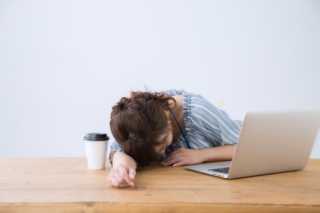 眠剤に頼っちゃだめ!管理栄養士がよく眠れるための、寝つきがよくなる飲み物や食べ物を紹介