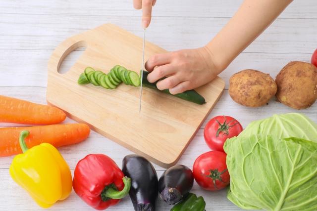 摂取すべきと言われる「食物繊維」とは一体何なのか。管理栄養士がその効果等を解説